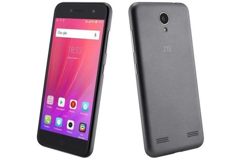 CELULAR-SMARTPHONE-4G-ZTE-Blade-A520-PANT.5-ANDROID-7-SILVER